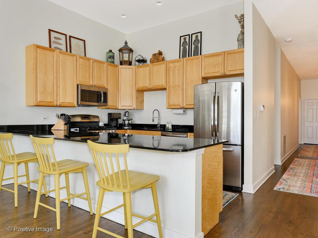 426 N Noble Street # 4 preview