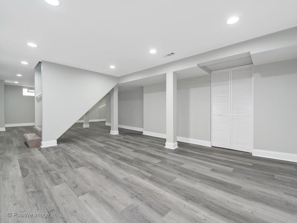 2233 Downey Road preview