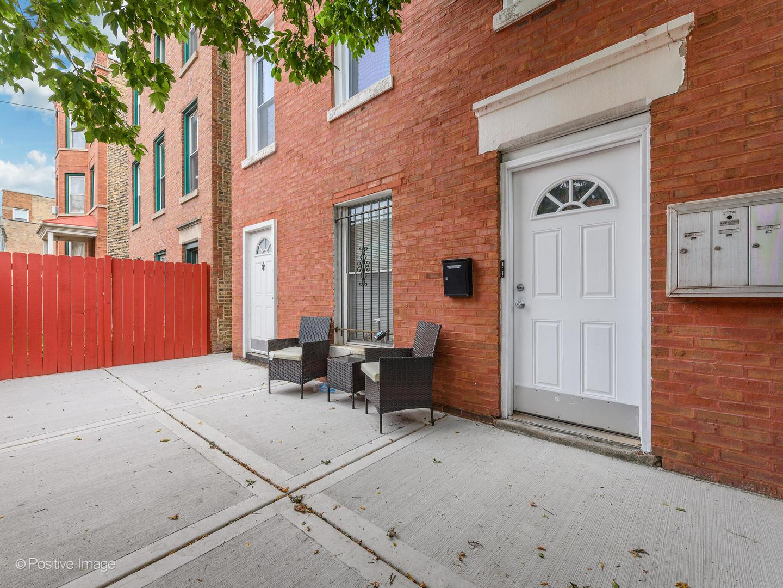 2253 W Fullerton Avenue , Unit 3 photo