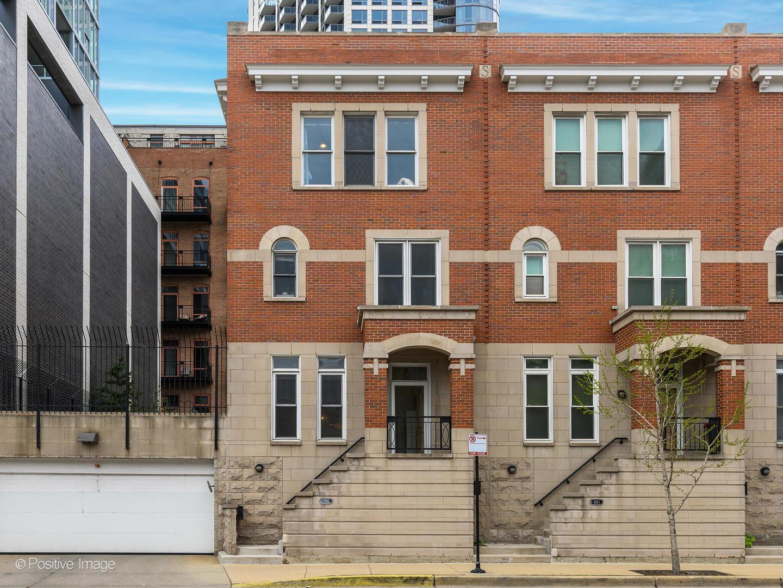 419 W GRAND Avenue Unit: J photo