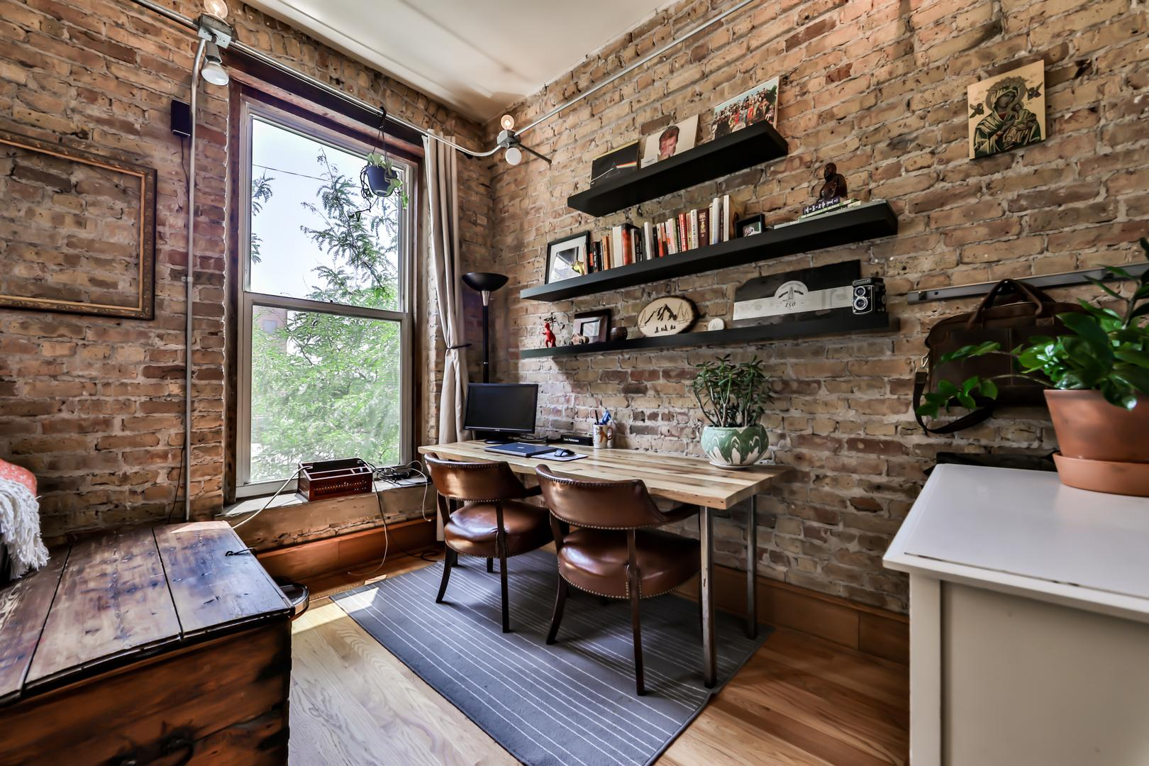 1338 W Madison Street # 2E preview