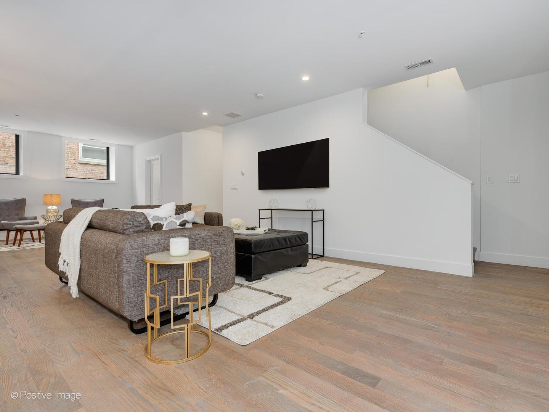 4840 S Dorchester  Avenue, Unit 3 preview