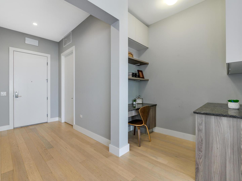 367 W Locust Street , Unit 508 photo