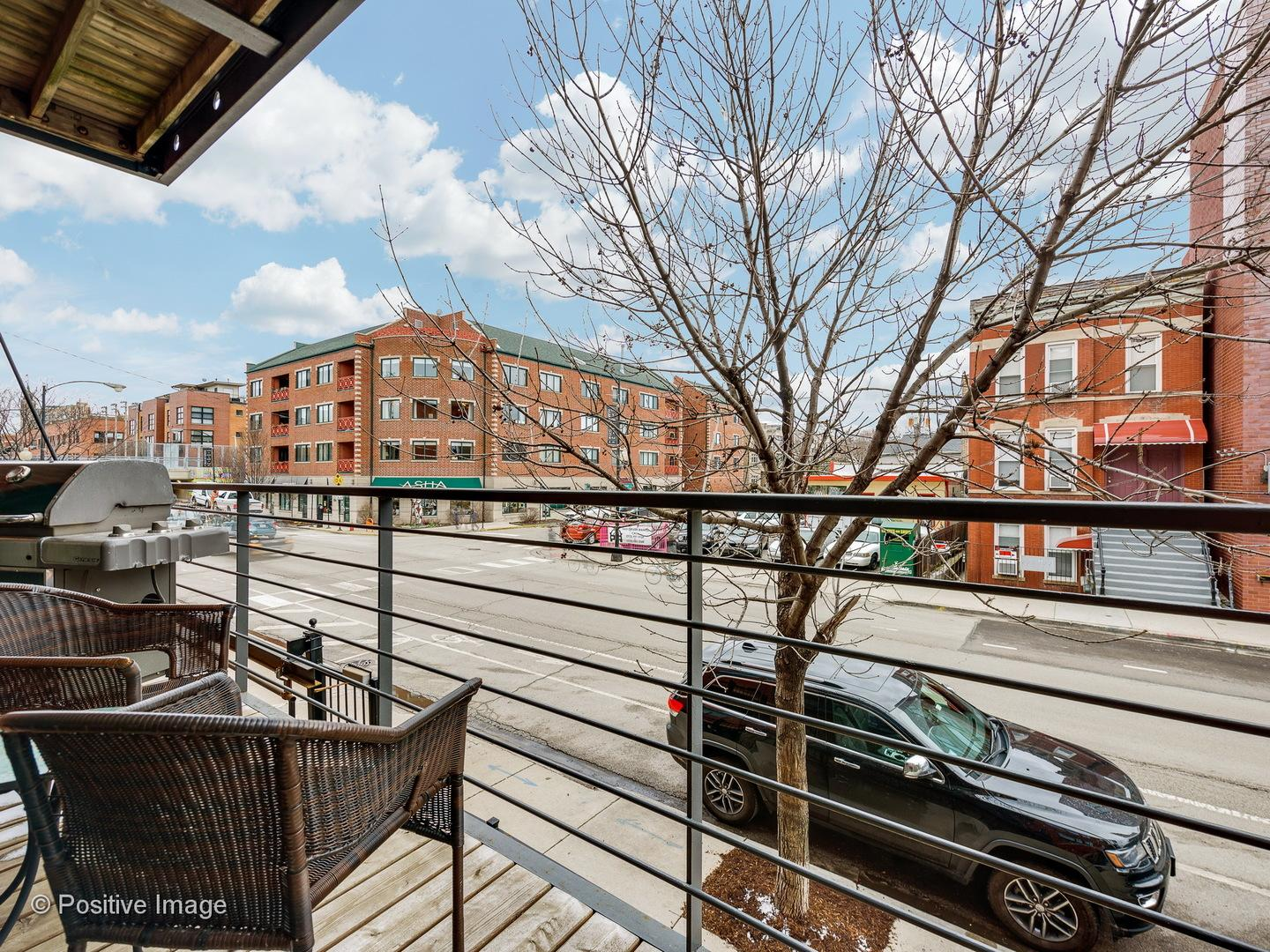 1830 N Winchester Avenue # 118 preview