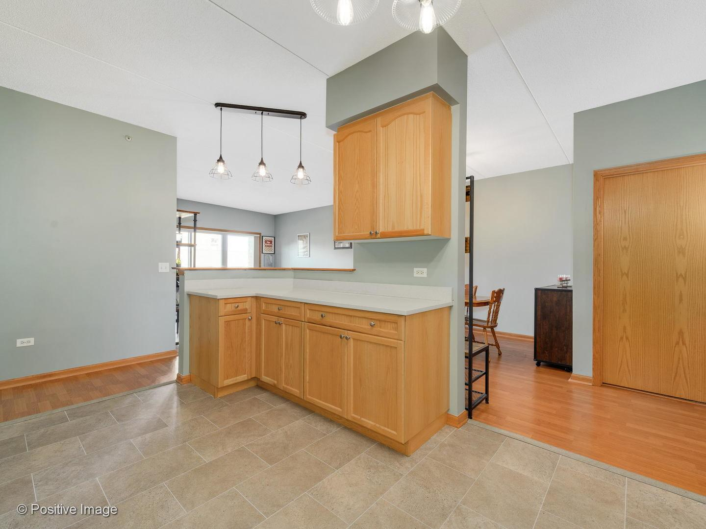 900 LEE  Street, Unit 405 preview