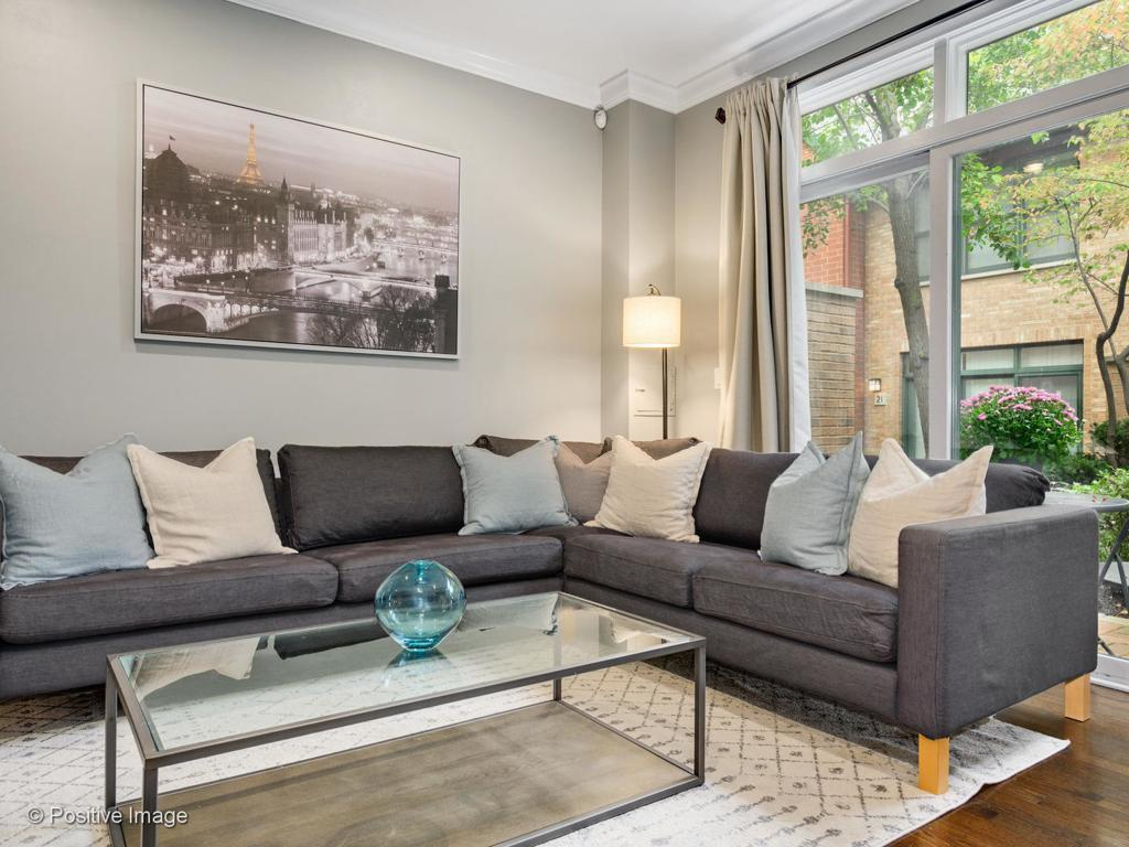 1801 W Diversey Parkway # 29 preview