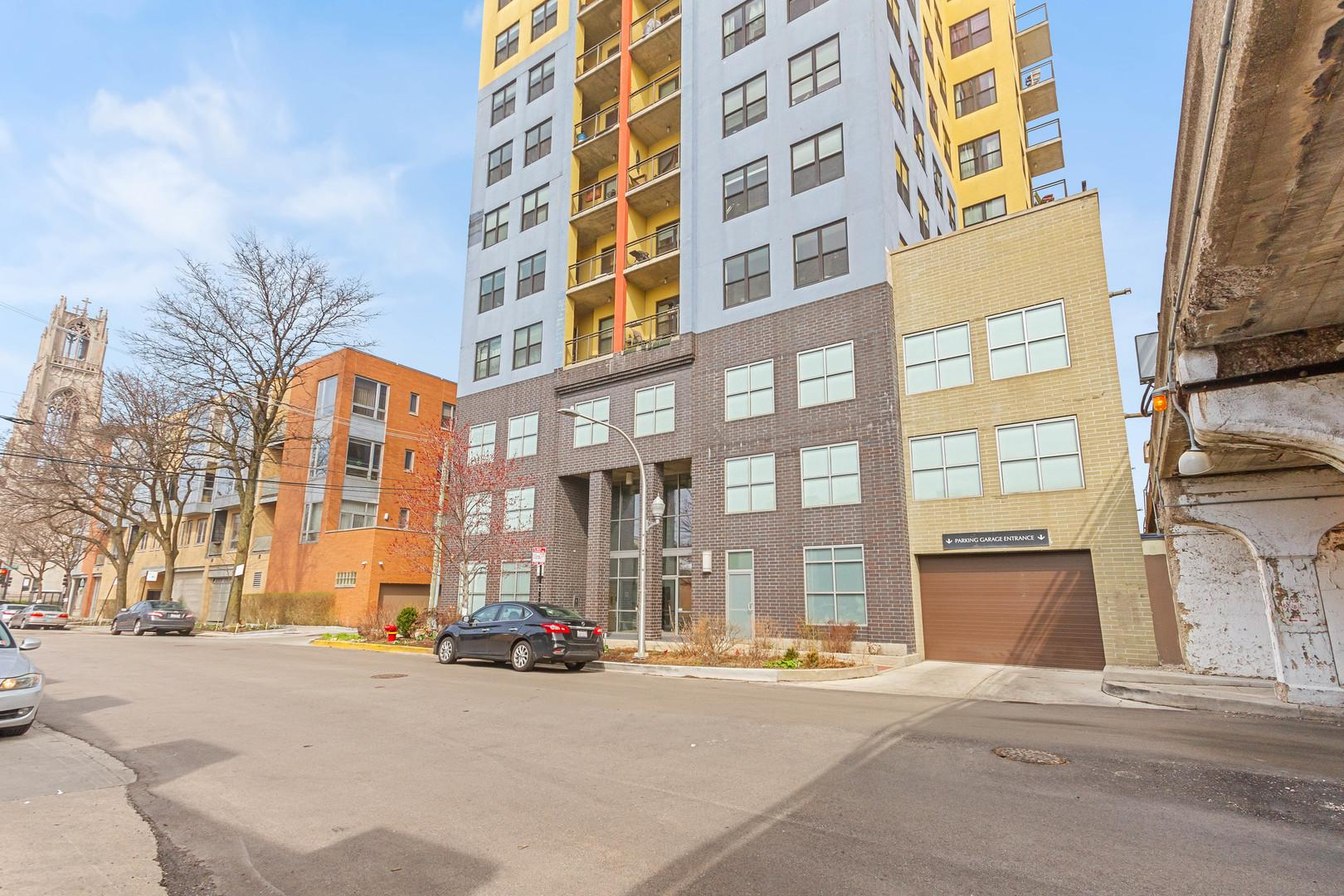 1122 W Catalpa  Avenue, Unit 613 preview