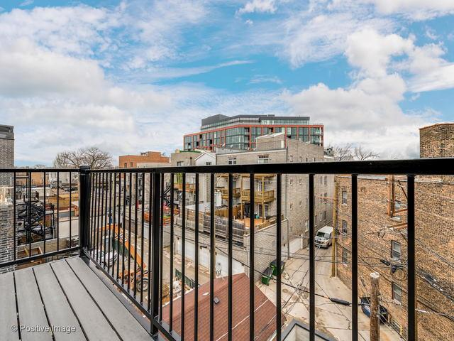 2016 W Webster  Avenue, Unit 3 preview