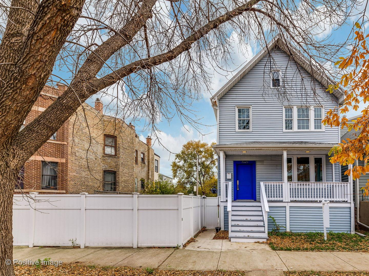 3025 N Sawyer Avenue preview