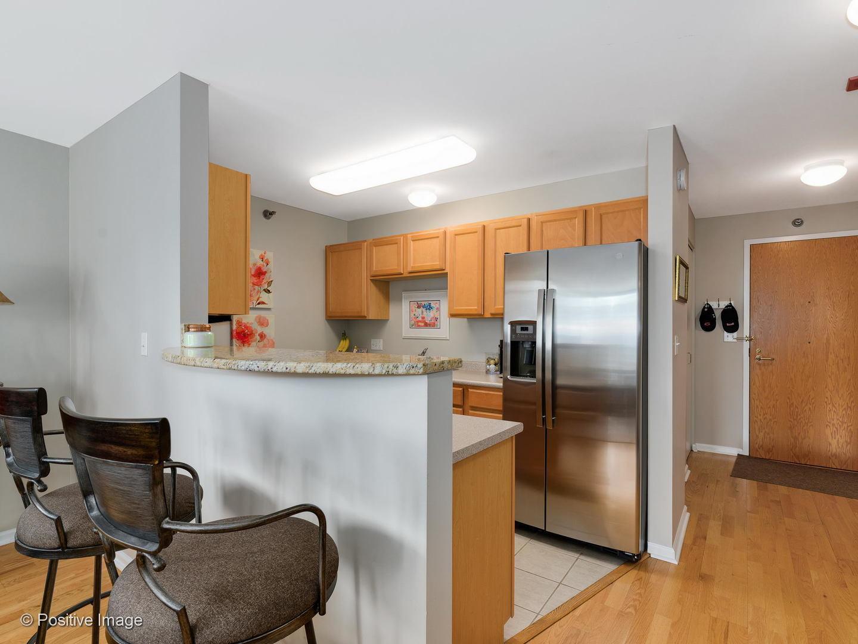 345 N LaSalle  Street, Unit 2707 preview