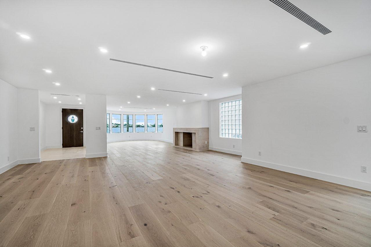 2111 S Flagler Drive preview