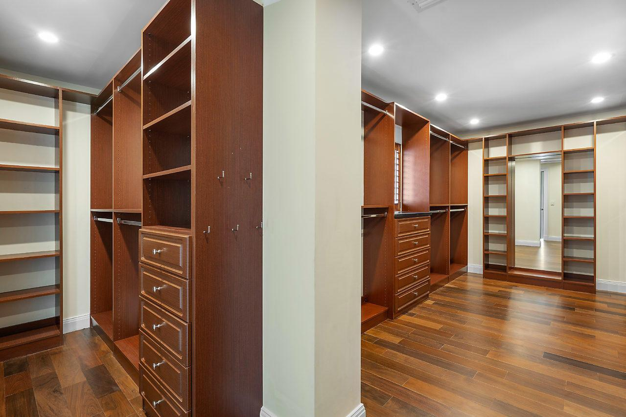 5719 S Flagler Drive preview