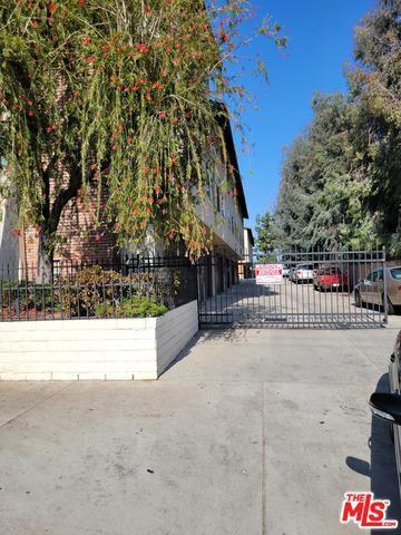9038 Tobias Ave # 108 photo