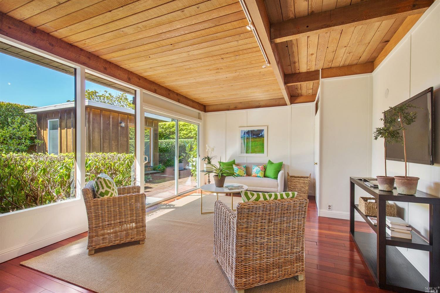32 Windward Road preview