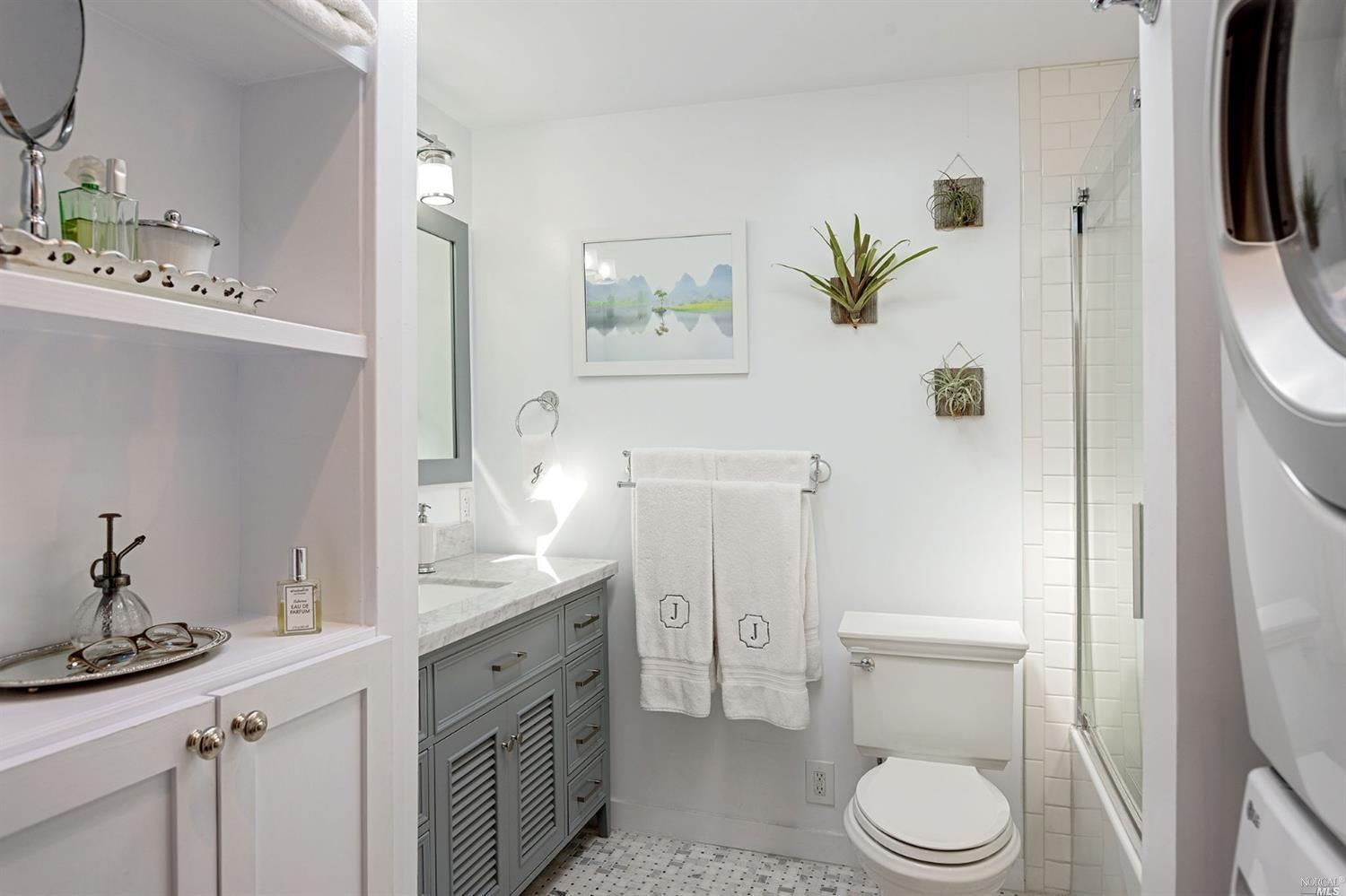 14 Ross Road preview