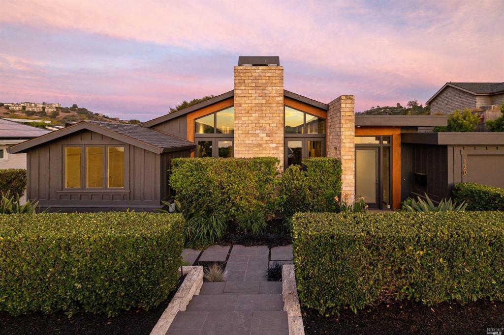 120 San Rafael Ave property