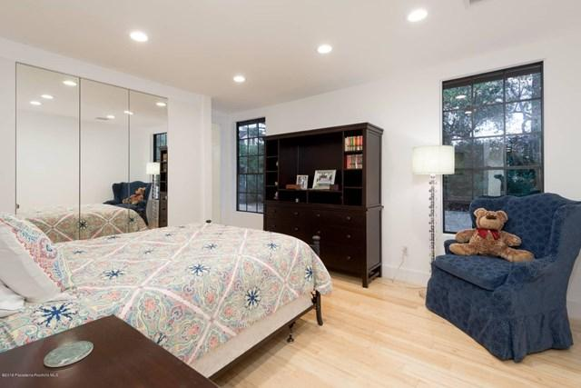 885 S Orange Grove Boulevard Unit: 27 preview