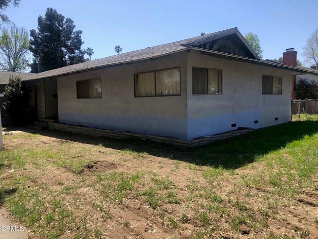 1201 N Altadena Drive