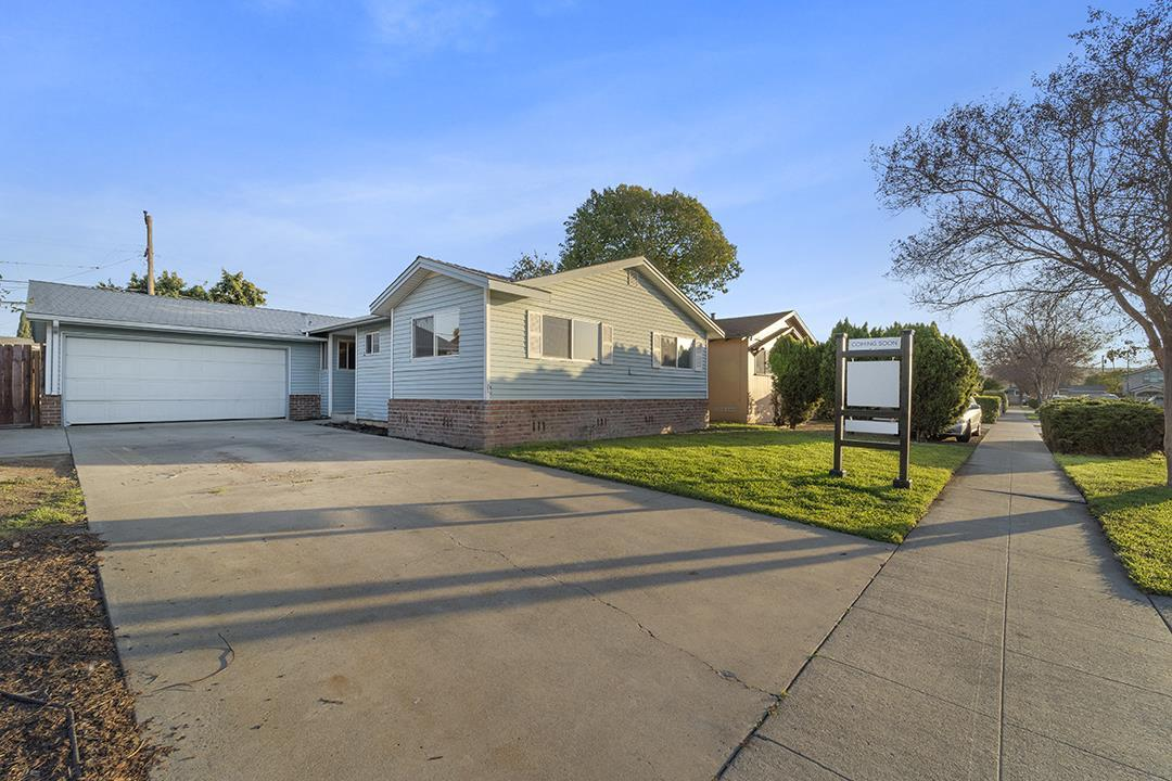 464 Independence DR photo