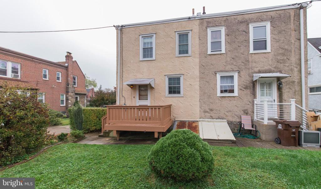 189 W PLUMSTEAD AVE photo
