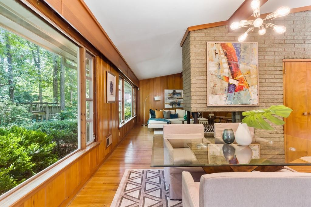 885 Barton Woods Road preview