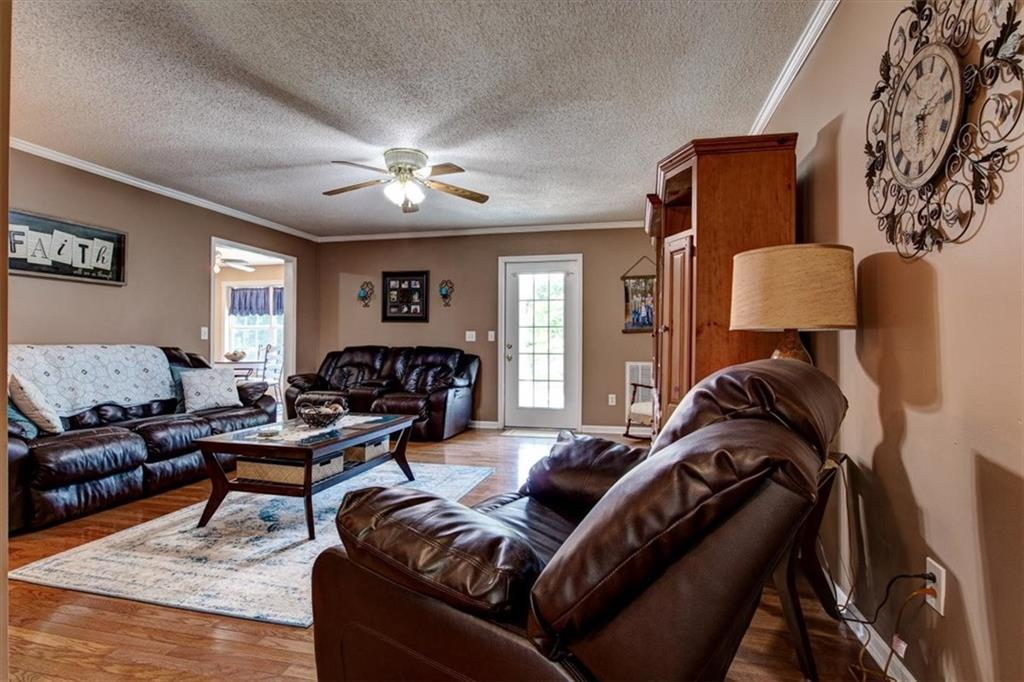 520 Campbell Road photo