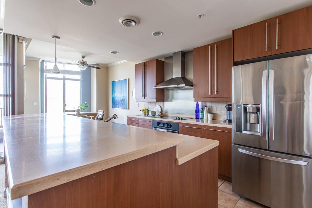 250 Park Avenue West Unit: 602 preview