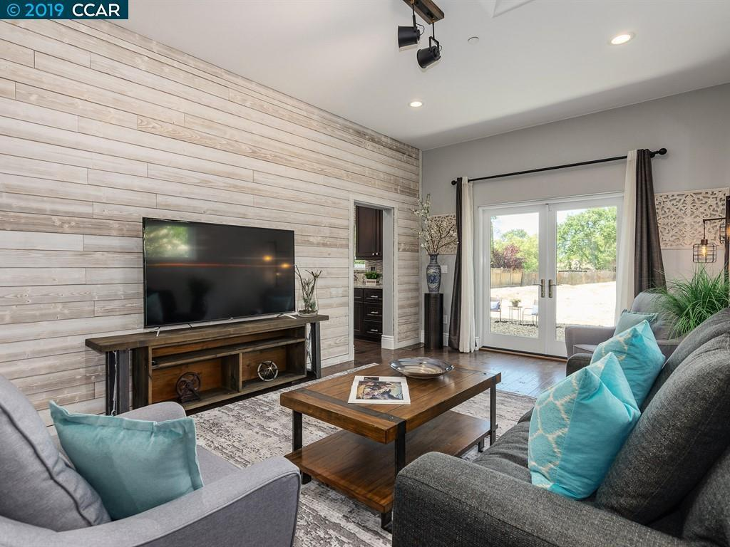 1816 Sunnyvale Ave preview