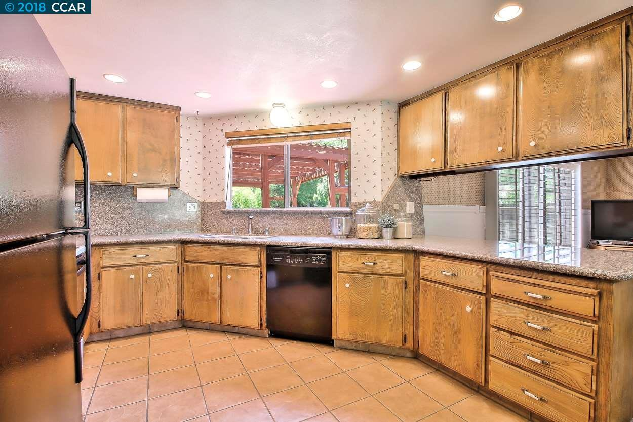 1458 Fox Hollow Ct preview