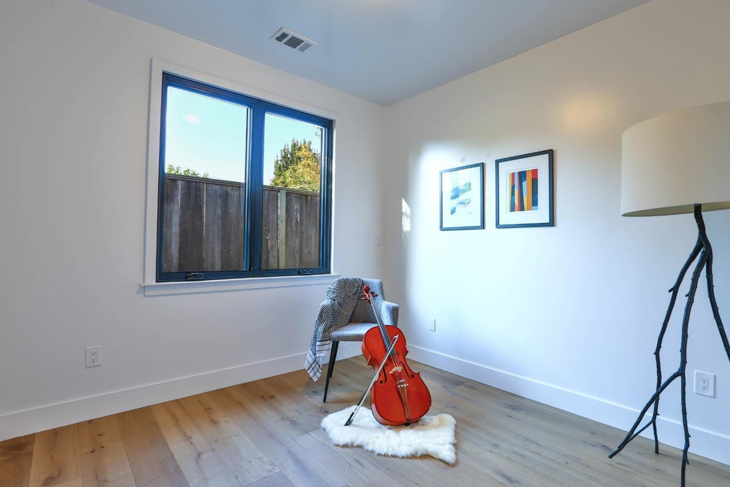 2440 Shibley AVE preview