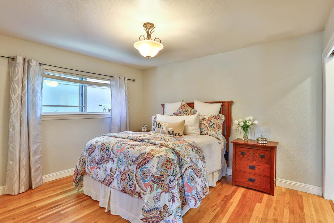 1429 Columbus AVE preview