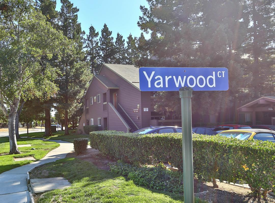 1209 Yarwood CT preview