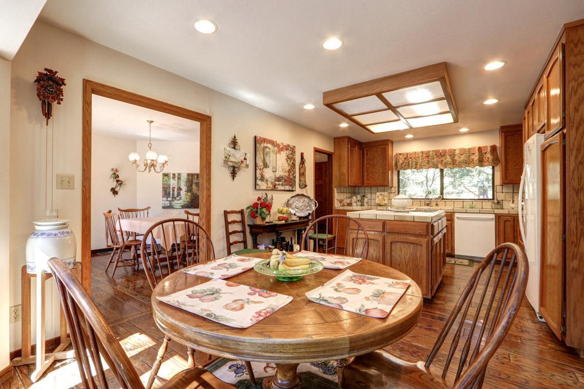 16099 Redwood Lodge RD preview