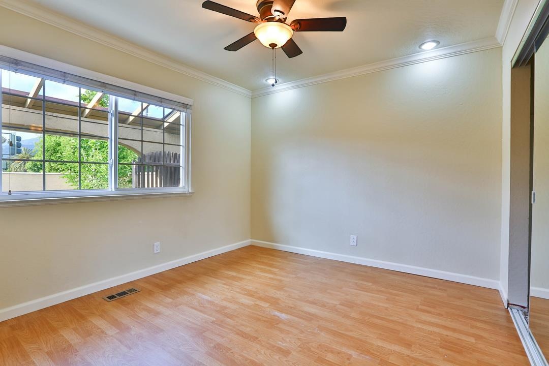 1217 Redmond AVE preview