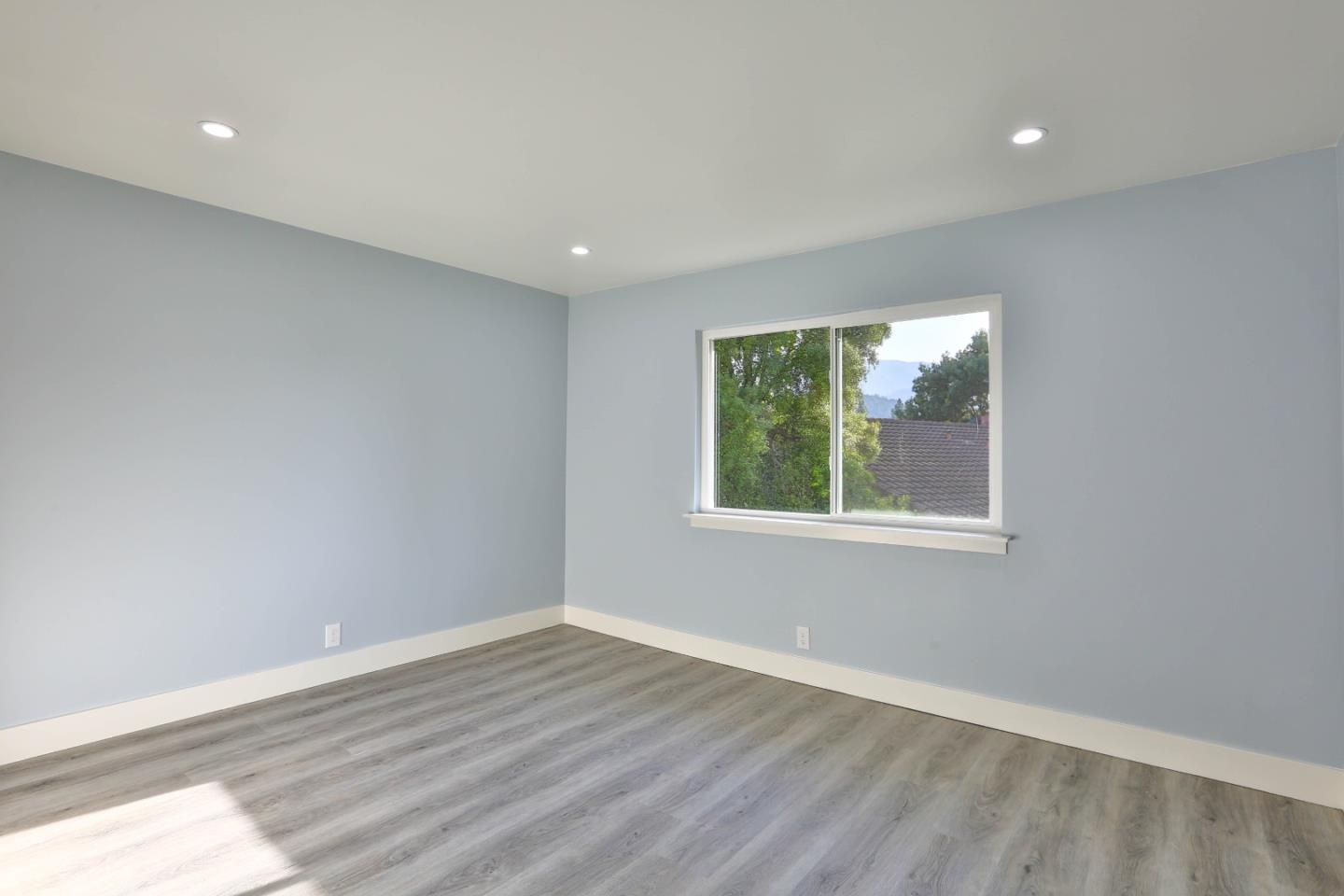 1564 Dorcey LN preview