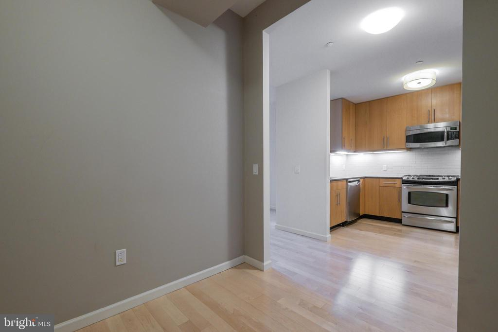 1425 LOCUST ST #3F preview