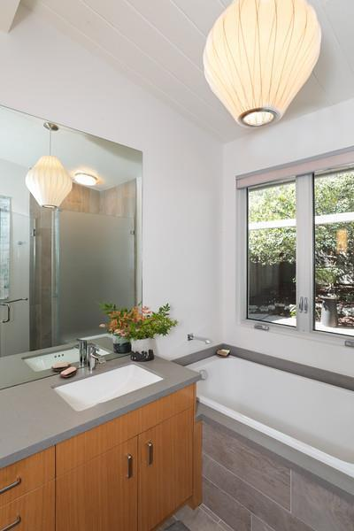1098 Cathcart WAY preview