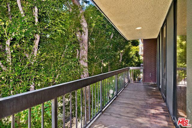 135 S MCCARTY DR # 204 photo