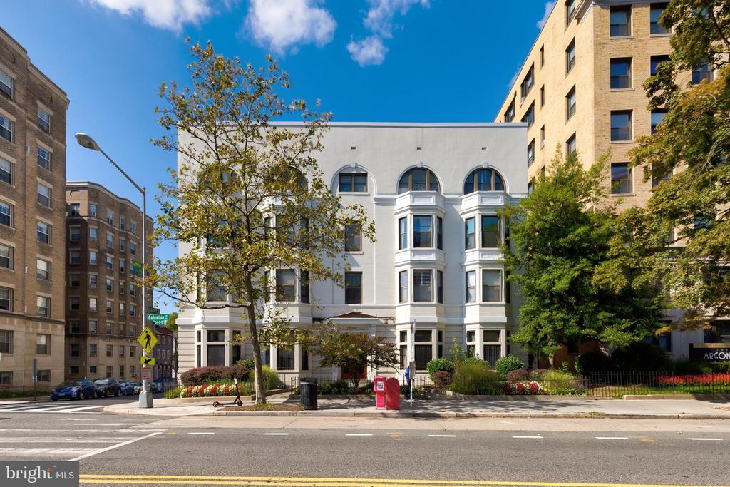 1669 COLUMBIA RD NW #410