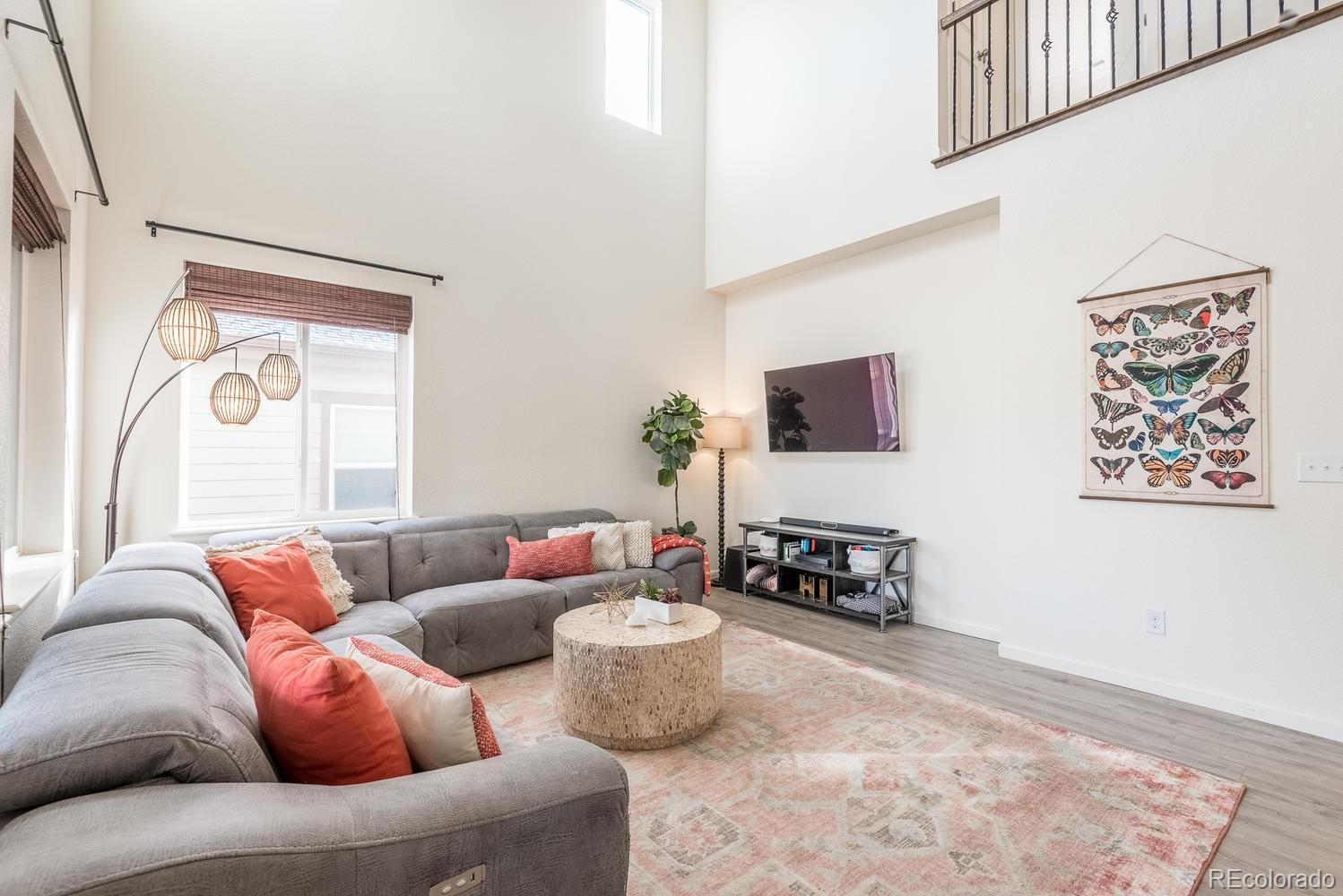 637 W 169th Place preview