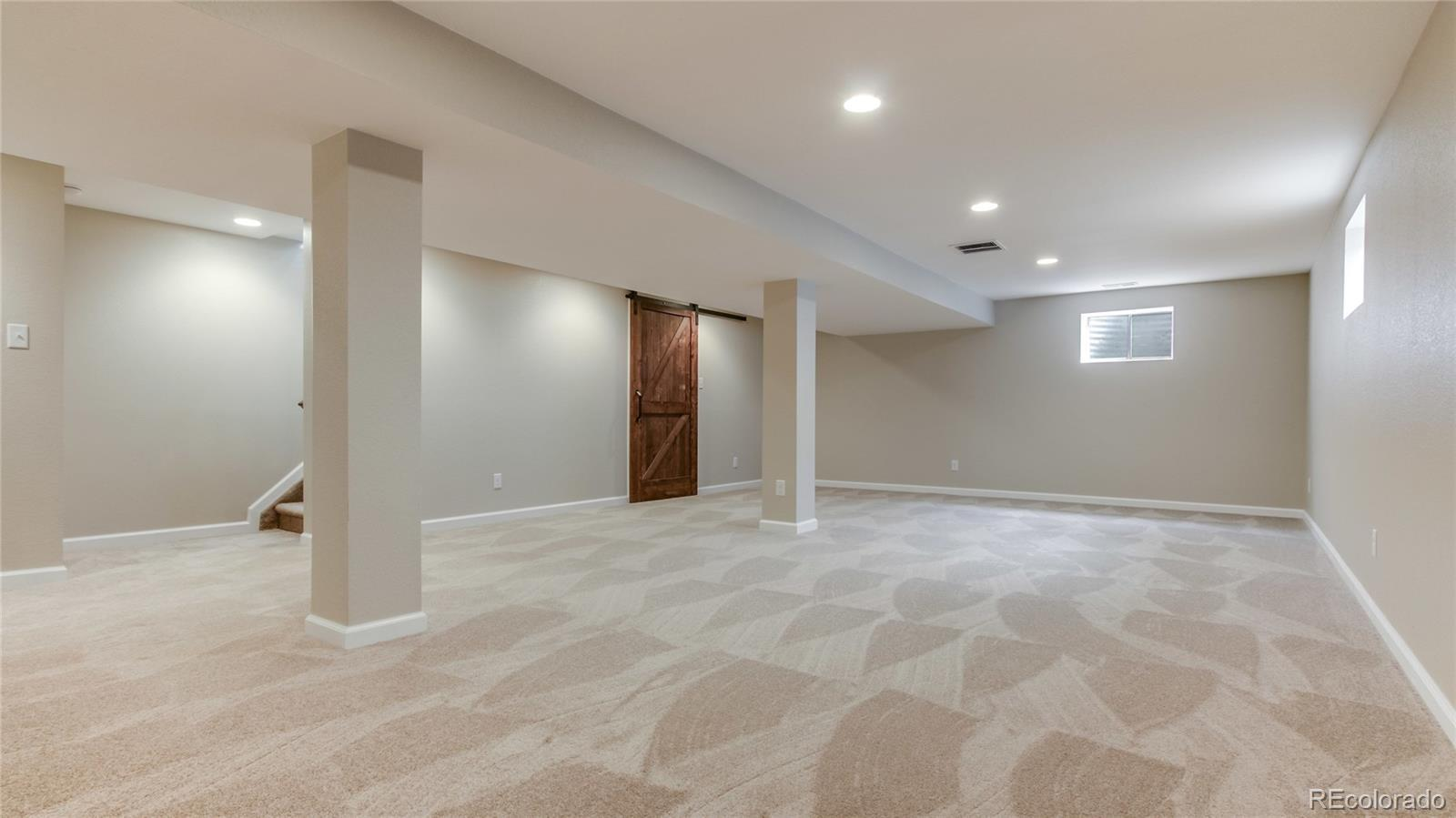 7490  Devinney Court preview