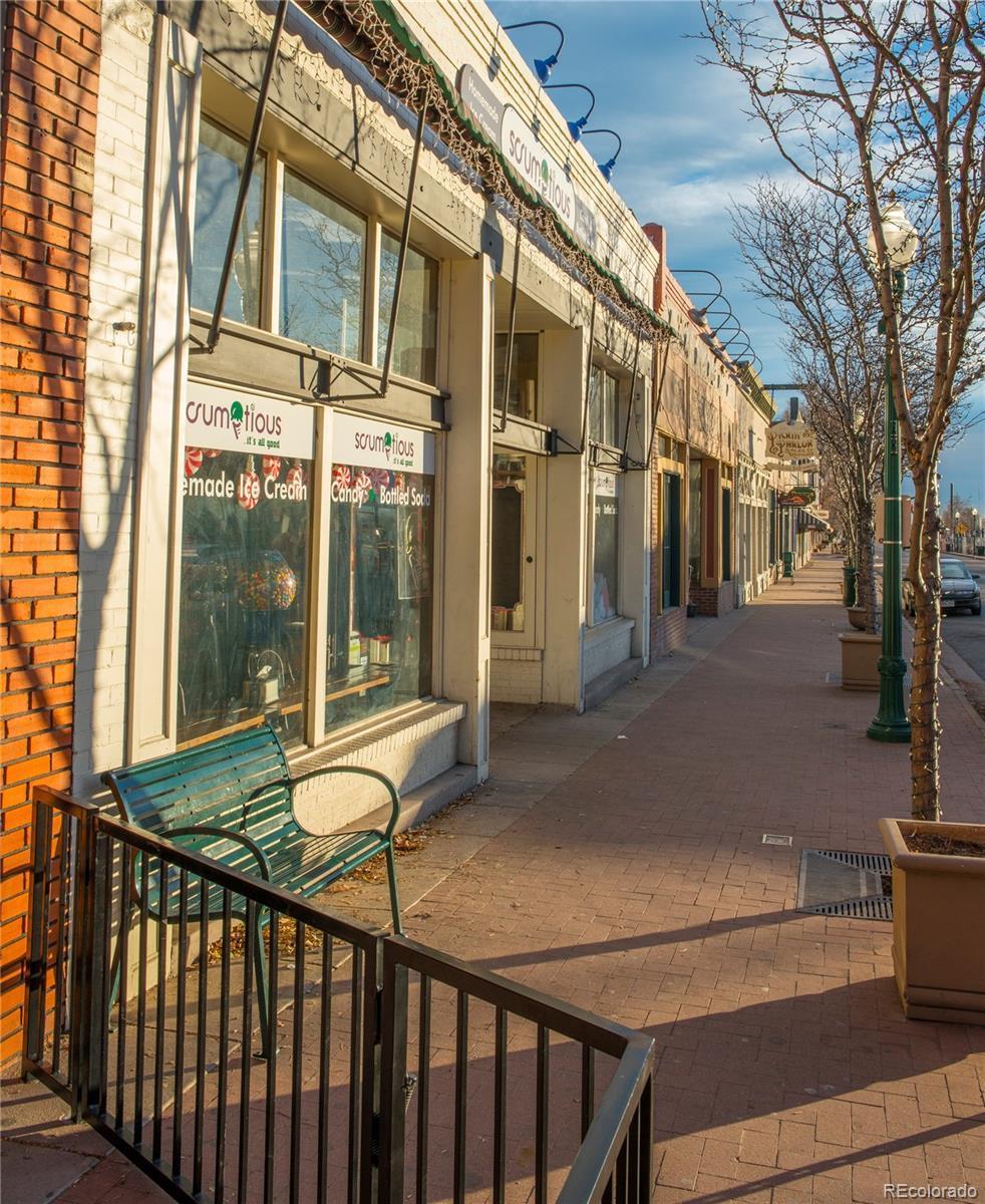 5303  Iris Street preview