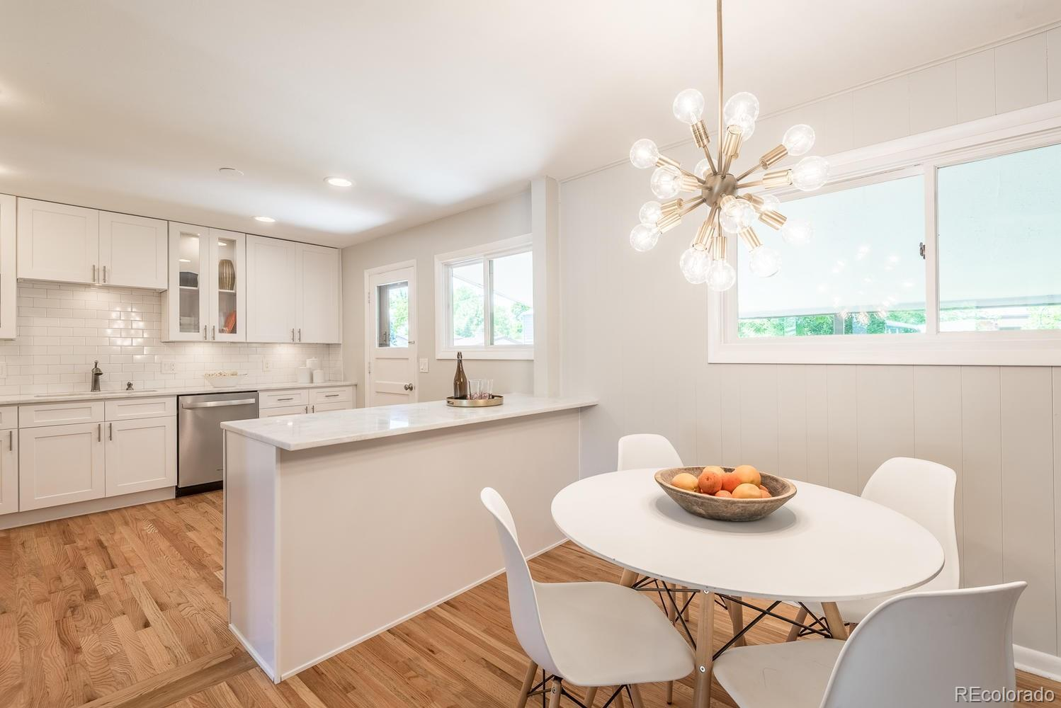 5929  Taft Court preview