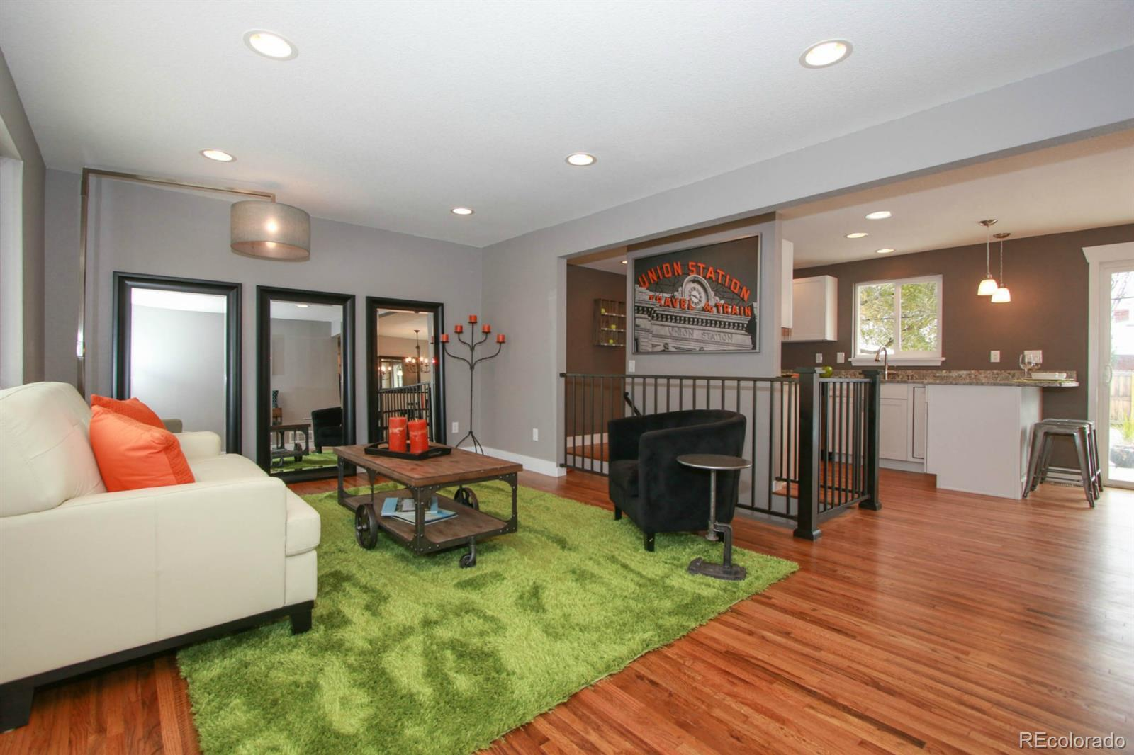 5942  Holland Street preview