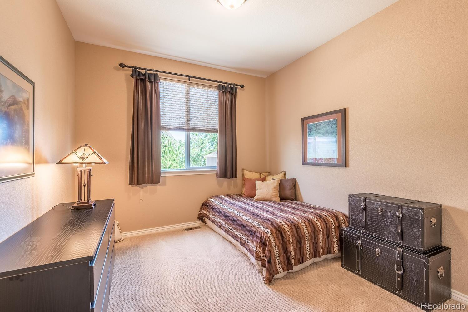 17376 W 77th Place photo