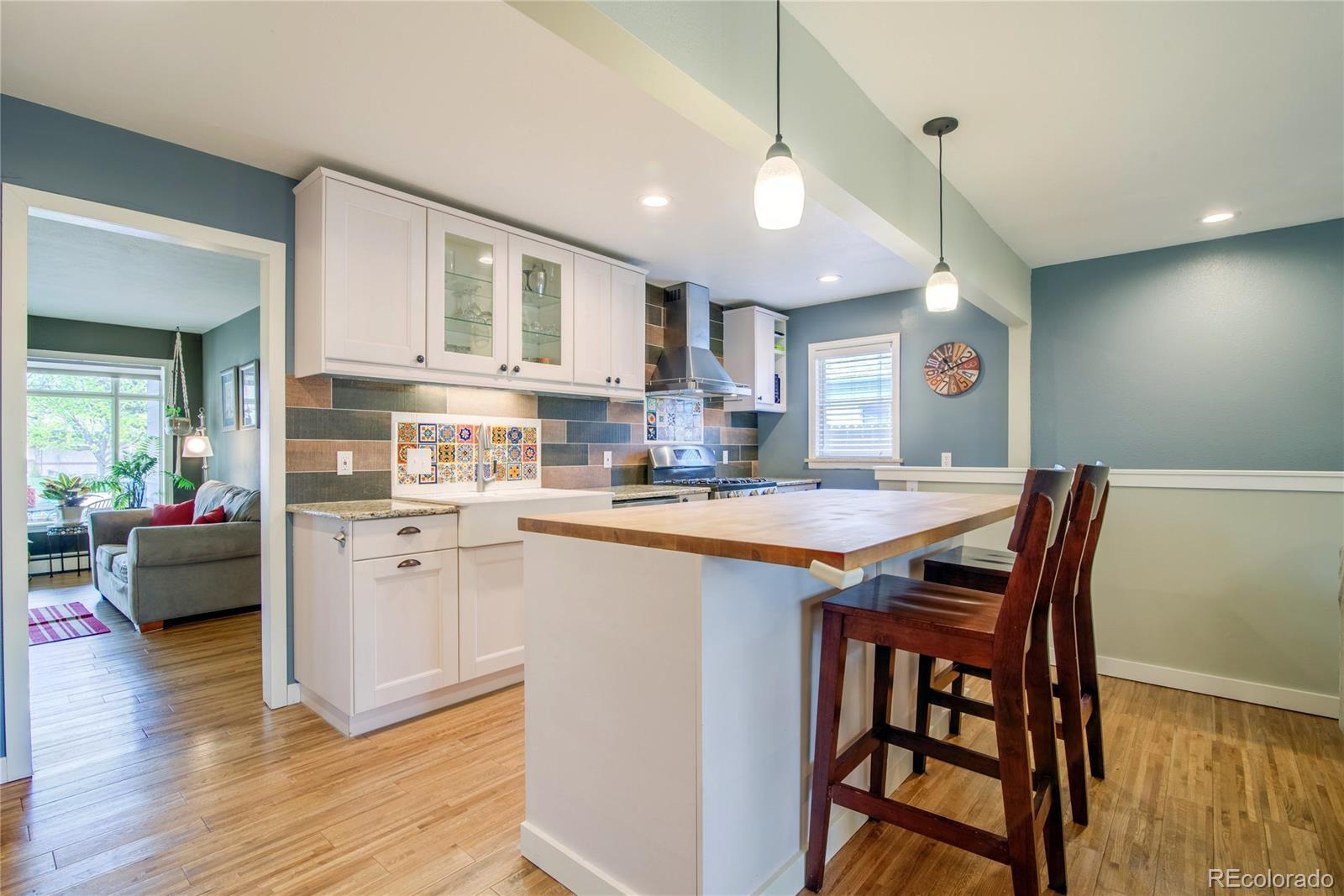 5608  Carr Street preview