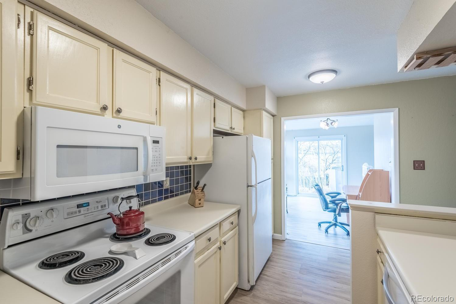 5646 W 71st Place preview