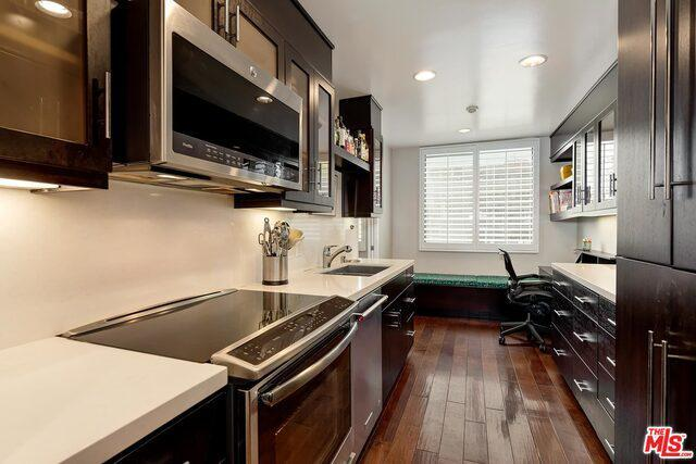 1118 3rd St # 301 preview