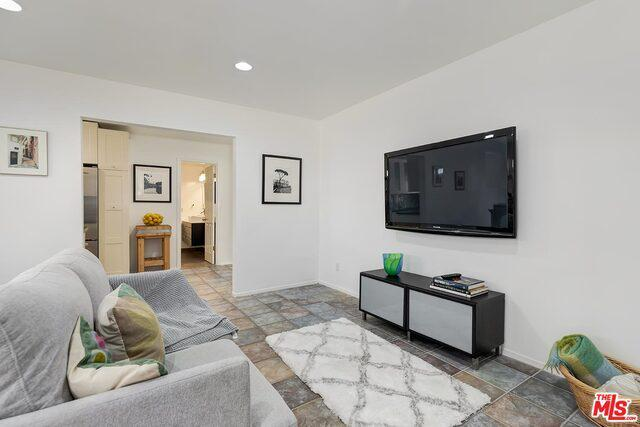 844 7TH ST # 4 preview