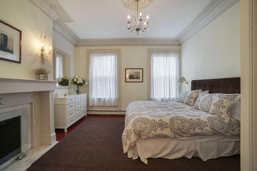 Rented - 205 Commonwealth Ave, #6